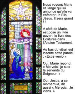 Annonciation, vitrail de Jean Coquet - chapelle des auxiliaires du Sacerdoce - Paray le Monial
