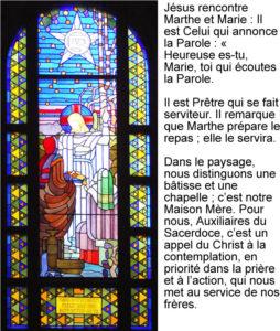 Marthe et Marie, vitrail de Jean Coquet, chapelle des auxiliaires du Sacerdoce, Paray le Monial